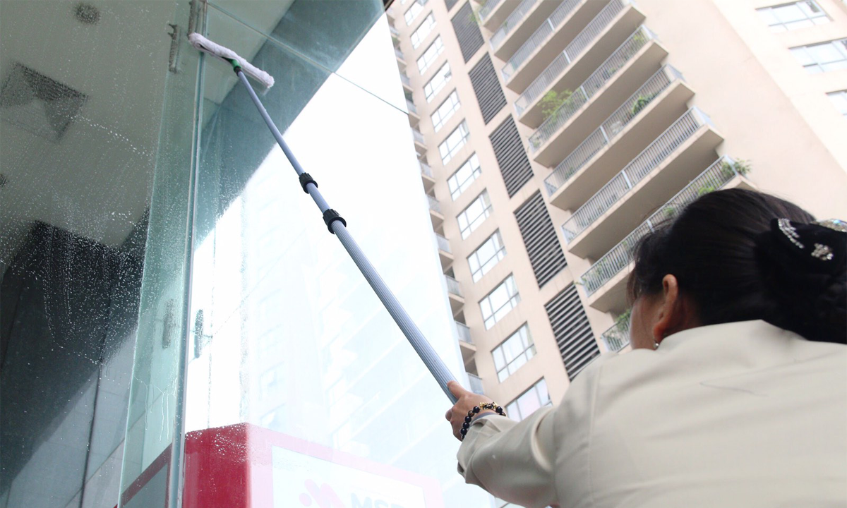 Highrise Building Cleaning